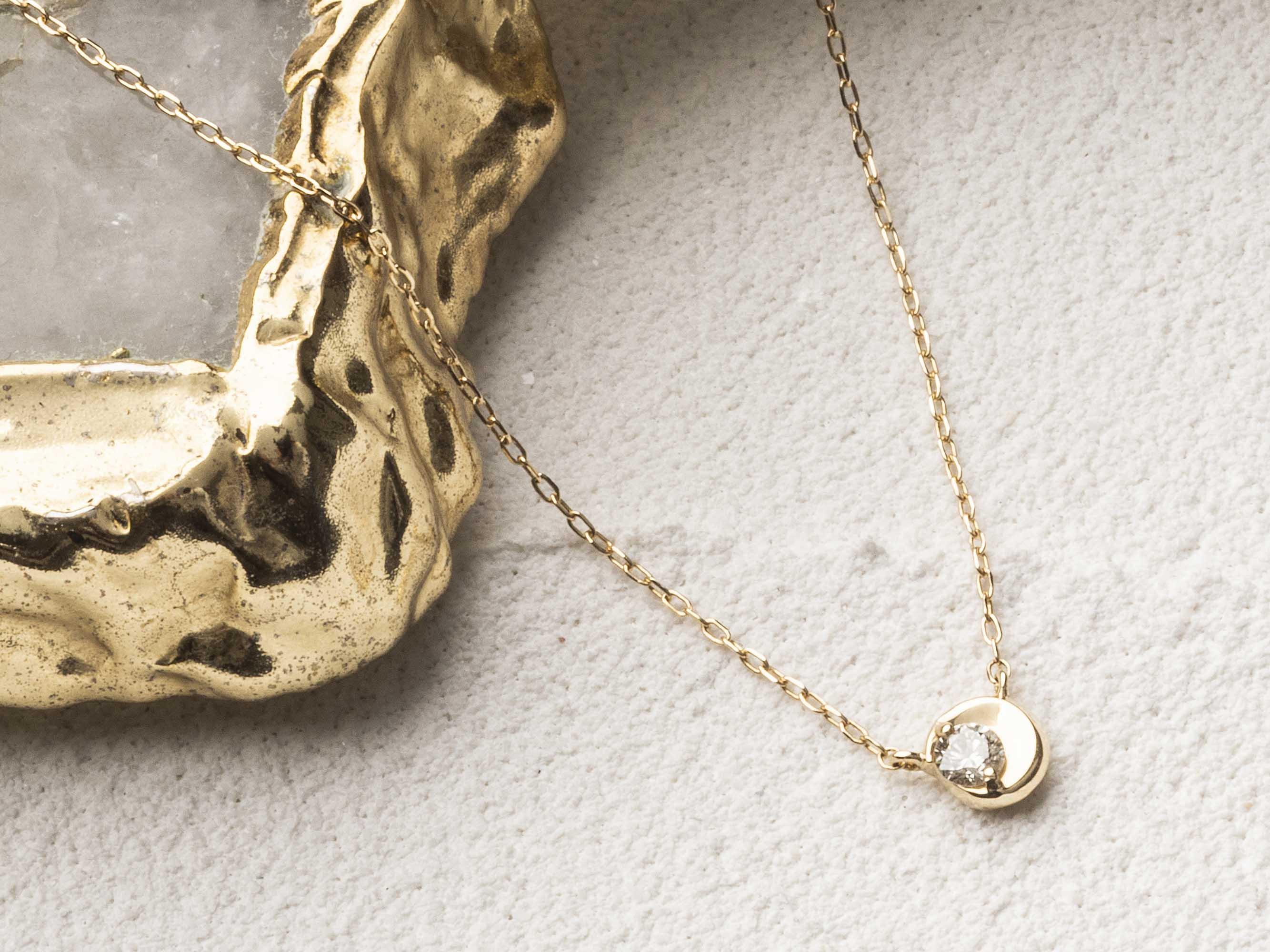 MOON モチーフダイヤモンドネックレス K10 YG - IRIE JEWELRY